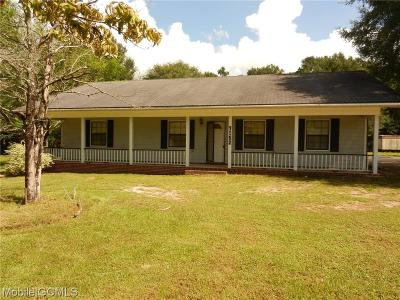 Semmes Single Family Home For Sale: 7152 Woods Drive N