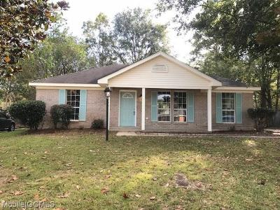 Semmes Single Family Home For Sale: 7995 Woodland Way