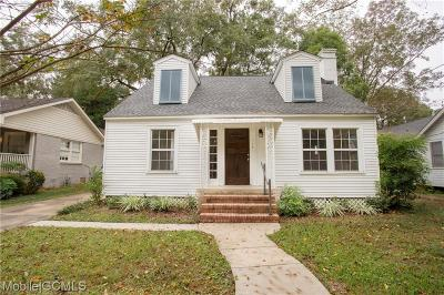 Mobile Single Family Home For Sale: 114 Crenshaw Street