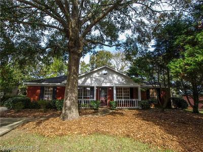 Mobile County Single Family Home For Sale: 6352 Woodside Drive S