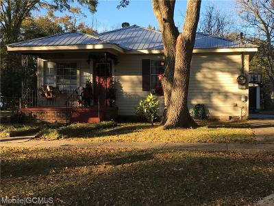 Chickasaw Single Family Home For Sale: 208 9th Avenue