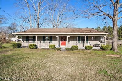 Semmes Single Family Home For Sale: 9440 Coleman Dairy Road E