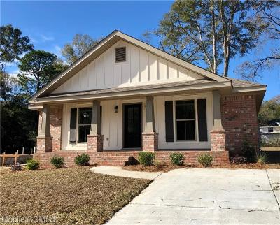 Mobile Single Family Home For Sale: 1249 Forest Glen Drive W