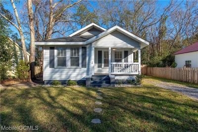 Mobile Single Family Home For Sale: 213 Westwood Street