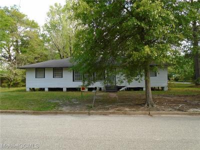 Mobile Single Family Home For Sale: 1402 Cedar Park Drive