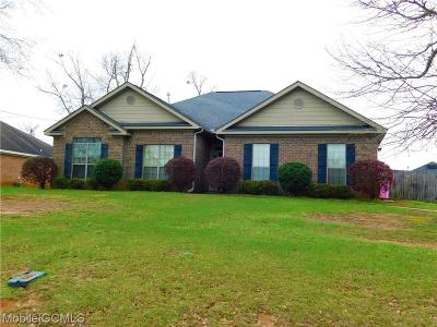 Semmes Single Family Home For Sale: 8600 Oak Hill Drive