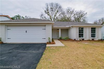 Mobile Single Family Home For Sale: 6813 Windsor Court