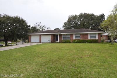 Chickasaw Single Family Home For Sale: 711 Townsend Circle