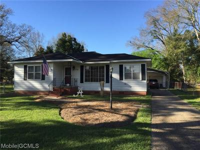 Chickasaw Single Family Home For Sale: 210 Alpine Street