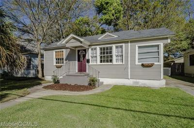Mobile County Single Family Home For Sale: 27 Lee Street