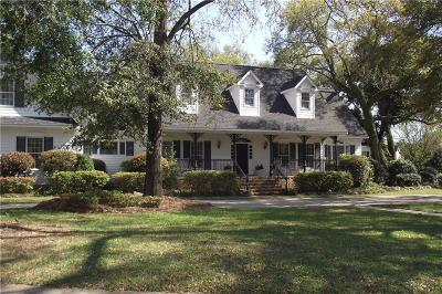 Mobile County Single Family Home For Sale: 2101 Marchfield Drive E