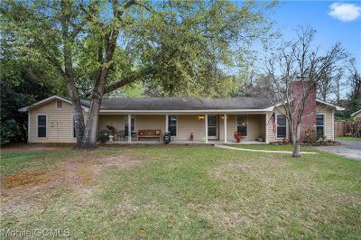 Mobile Single Family Home For Sale: 4663 Emerald Drive E