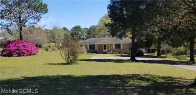 Mobile County Single Family Home For Sale: 5616 Dogwood Trail