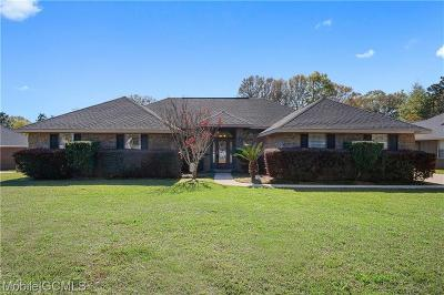 Mobile County Single Family Home For Sale: 4090 Fenwick Loop W