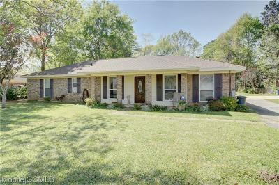 Mobile Single Family Home For Sale: 2570 Dell Drive