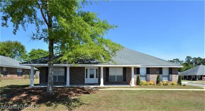 Mobile Single Family Home For Sale: 9574 Bridle Court