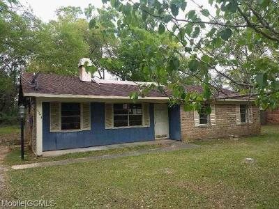 Semmes Single Family Home For Sale: 3643 Winston Drive W
