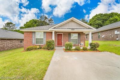 Mobile Single Family Home For Sale: 2847 Rebecca Drive W