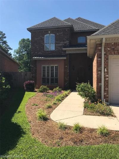 Mobile Single Family Home For Sale: 708 Natchez Trail Court