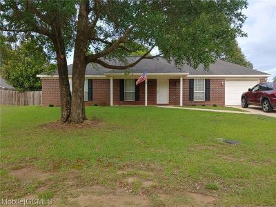 Wilmer Single Family Home For Sale: 5204 Taylor Woods Loop