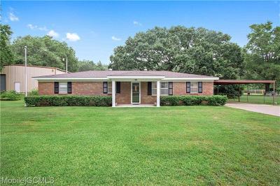 Satsuma Single Family Home For Sale: 101 Elvira Avenue