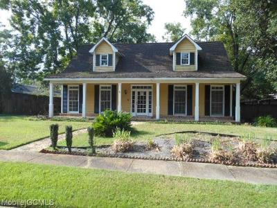 Mobile County Single Family Home For Sale: 5755 Huffman Drive N