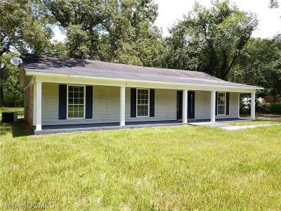 Mobile County Single Family Home For Sale: 11840 Old Moffat Road