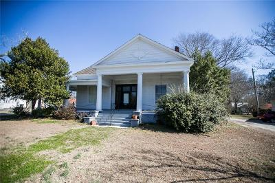 Opelika Multi Family Home For Sale: 801 Geneva Street