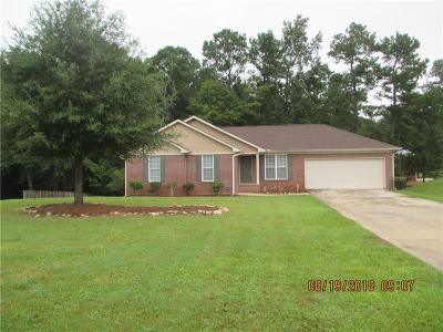Salem Single Family Home For Sale: 154 Lee Road 2126