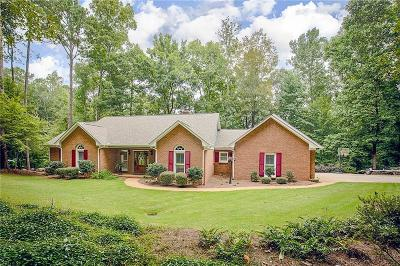 Lee County Single Family Home For Sale: 408 River Oak Way