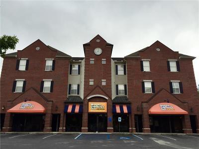 Auburn Condo/Townhouse For Sale: 217 E Thach Avenue #4