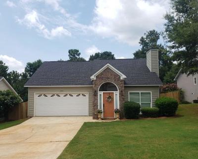 Opelika Single Family Home For Sale: 2404 Ellenwood Drive