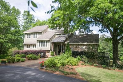 Auburn Single Family Home For Sale: 2001 Country Squire Road