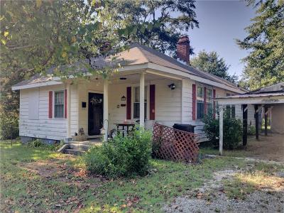Opelika Single Family Home For Sale: 2904 3rd Avenue