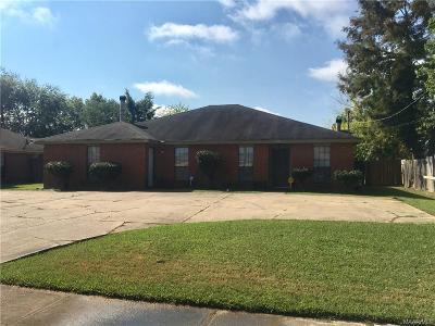 Montgomery Multi Family Home For Sale: 3637 Castle Ridge Road
