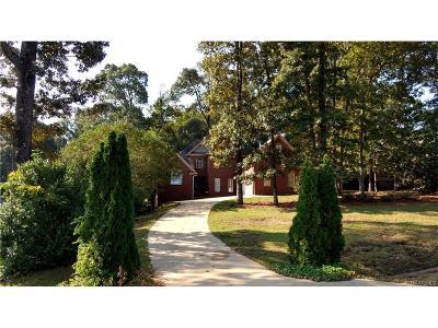 Millbrook Single Family Home For Sale: 74 Oak Mountain Road