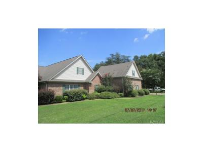 Millbrook Single Family Home For Sale: 4050 Main Street