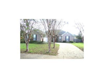 Single Family Home For Sale: 8361 Grayson Grove