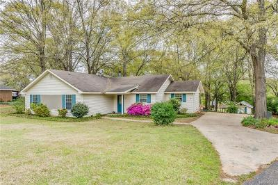 Millbrook Single Family Home For Sale: 4710 Summit Drive