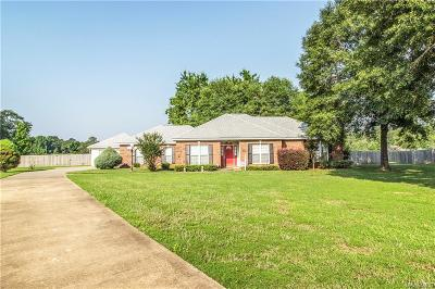 Wetumpka Single Family Home For Sale: 194 Stone River Loop