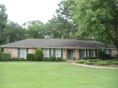 Selma Single Family Home For Sale: 304 Drayton Drive