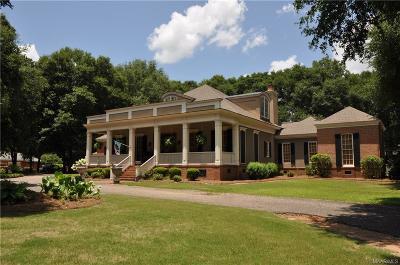 Enterprise Single Family Home For Sale: 105 Fairway Drive