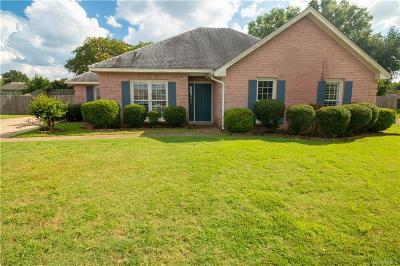 Montgomery Single Family Home For Sale: 301 Old Forest Court