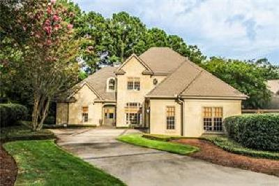 Wynlakes Single Family Home For Sale: 9428 Dunleith