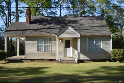 Enterprise Single Family Home For Sale: 105 Law Avenue
