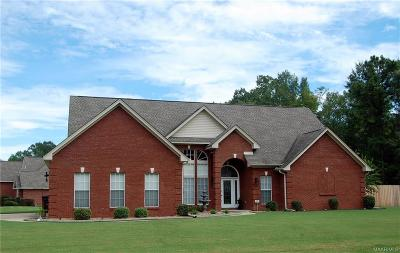 Millbrook Single Family Home For Sale: 96 Live Oaks Circle