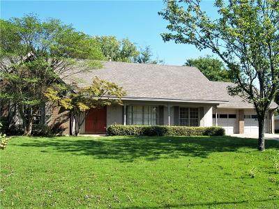 Montgomery AL Single Family Home For Sale: $137,500