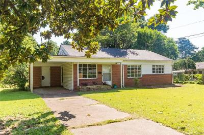 Montgomery Single Family Home For Sale: 910 Coliseum Boulevard