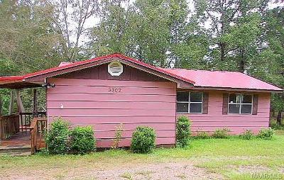 Selma Single Family Home For Sale: 3302 Schmidt Road
