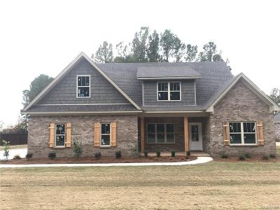 Wetumpka Single Family Home For Sale: 374 Mountain Meadows Lane